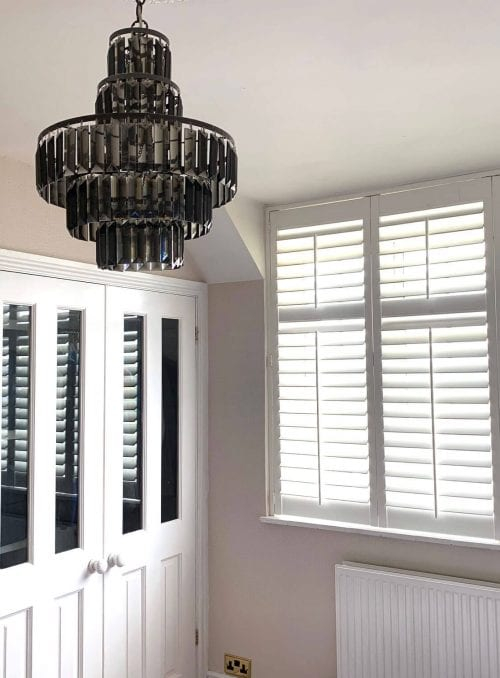 Shutters-with-central-tilt-and-mid-rail